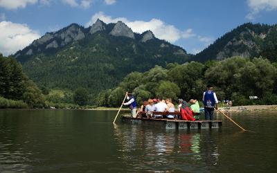 Rafting on Dunajec River