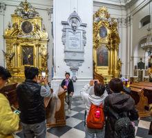 Варшава, Костёл Святого Креста